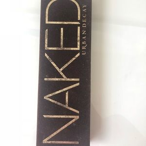 Urban Decay Makeup - Naked Palette 1